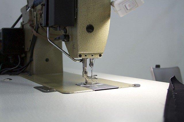 šicí stroj, detail