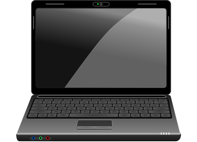 černý notebook