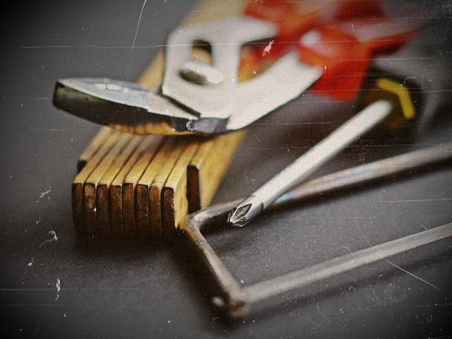 nástroje v dílně