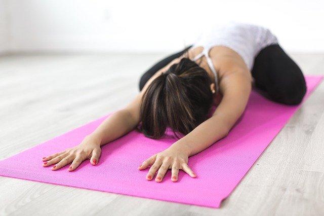 růžová podložka na cvičení